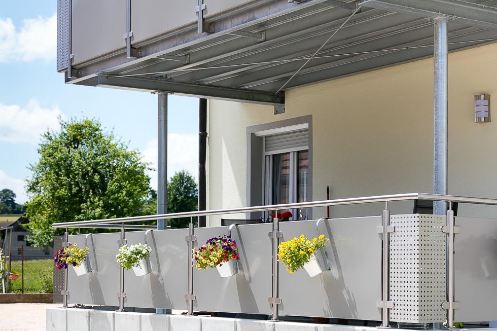 balkone und terrassen schlosserei bach. Black Bedroom Furniture Sets. Home Design Ideas